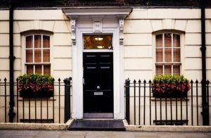 דלת החלפת מנעולים במזכרת בתיה