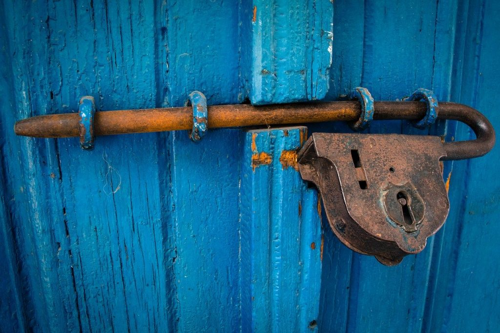 מנעולן דלתות באבן יהודה