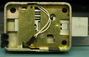 תיקון דלתות אלומיניום בקריית גת