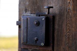 תיקון דלתות אלומיניום מומלץ בגדרות