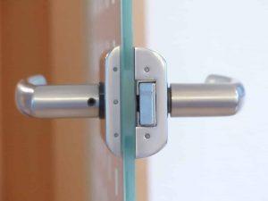 תיקון דלתות כניסה לבניין מומלץ בסביון