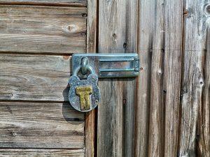 תיקון דלתות כניסה מומלץ ברחובות