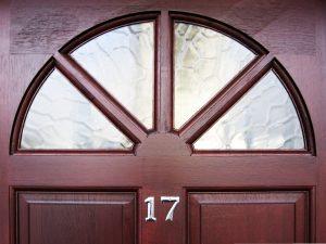 פורץ דלתות באלעד