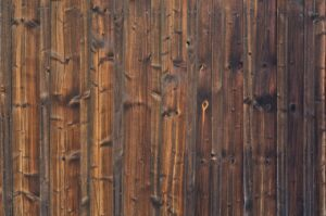 תיקון לדלתות עץ באשדוד